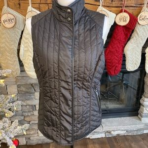 Banana Republic Black Quilted Vest. CLEAN Sz Small